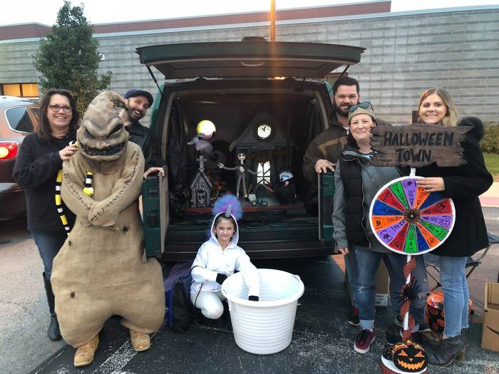 Reavis PTA Trunk or Treat event 4